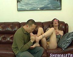 Tgirl gets feet sucked