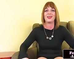 Smalltit trap puts vibrator on her cock