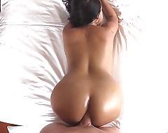 Huge boobs ladyboy gets her ass railed bareback in bed