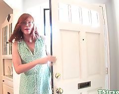 Ginger tranny wanking off on casting couch