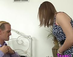 Shemale gets dick sucked