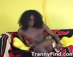 Black tranny cums