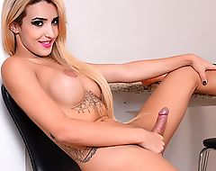 Tempting Tgirl Fucks Herself with a Dildo