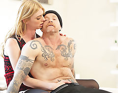 Hot shemale Mandy Mitchell gives a hardcore pussy fuck