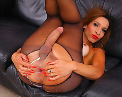 Hot Tranny Gabrielli Bianco Playing With Her Big Cock