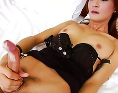 Horny asian tgirl tonkaow plays her shedick