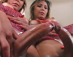 Hot Tranny Ariadny Collucy Shows Off Her Cock