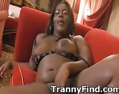 Fat black tranny cums