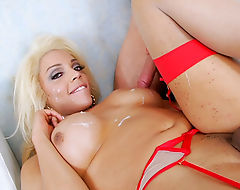Tranny Brittany Foxx feeling horny for large meaty dick