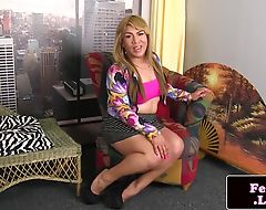 Plump tranny tugging her dick
