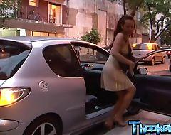 Transsexual whore surprises her customer