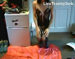 Horny Crossdresser cums on face