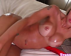 Solo trans beauty toys her butt while jerking