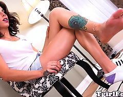 Footfetish tgirl models tattooed feet