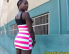 Bootyful ebony tranny in steamy solo