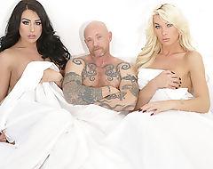 Ts slut Aubrey and Chanel enjoys a threesome pussy fuck