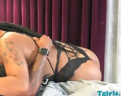 Nubian tranny anally pounded by her bf