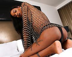 Damn hot ebony Ladyboy Dazia Cockdazian in wild solo play
