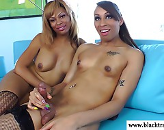 Ebony tranny tugs her bff until she cums